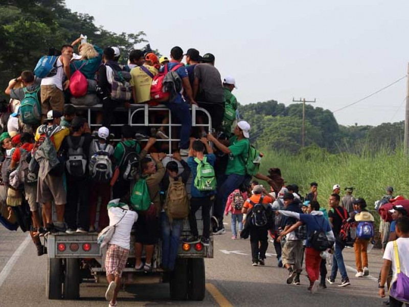 Grupos delictivos se infiltran en caravana migrante