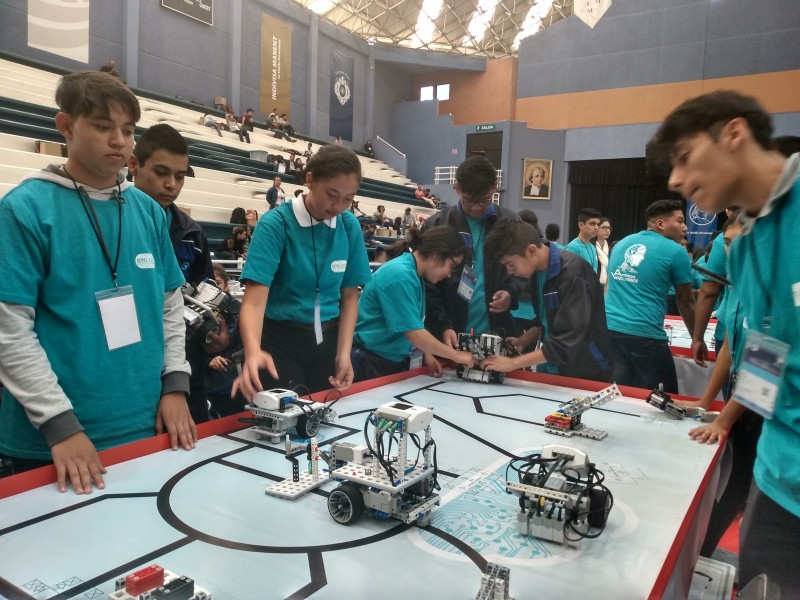 GTO 1er lugar mundial en torneo de robótica