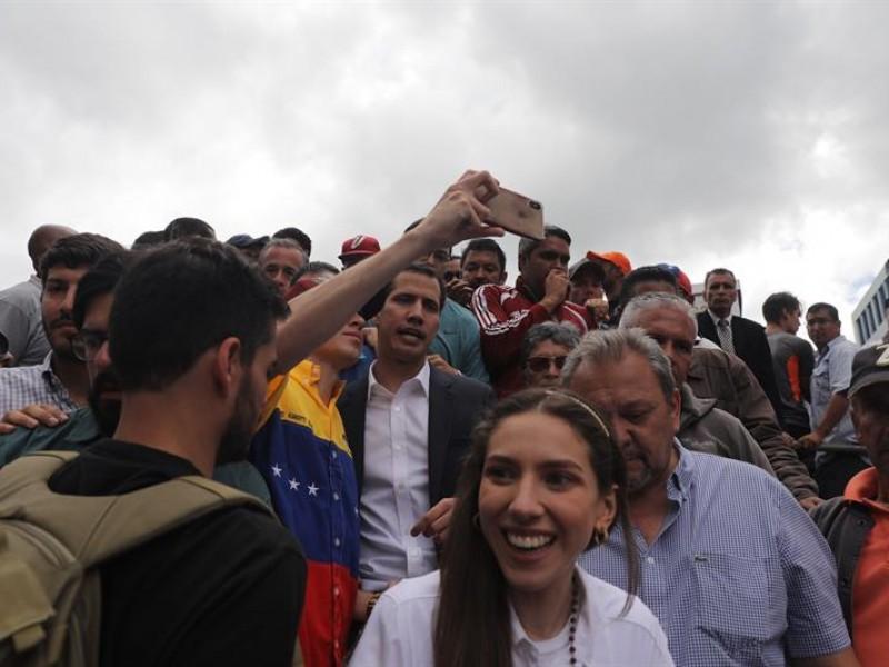 Guaidó aparecerá por primera vez en público