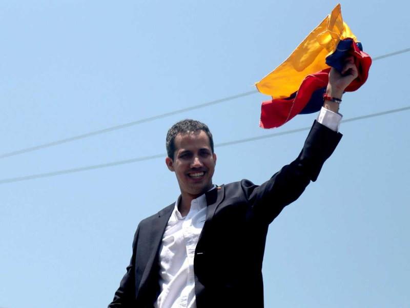 Guaidó convoca a paro general en Venezuela
