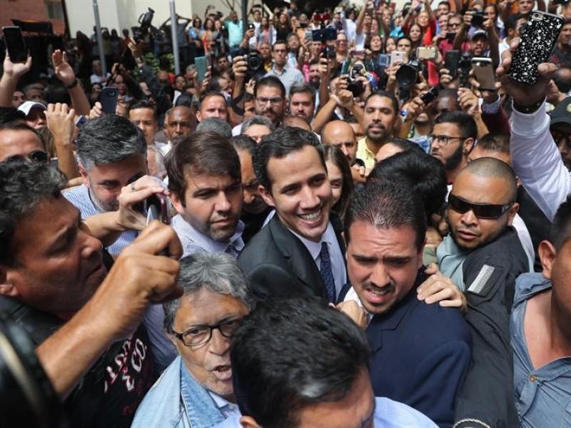 Guaidó llama a nuevas movilizaciones