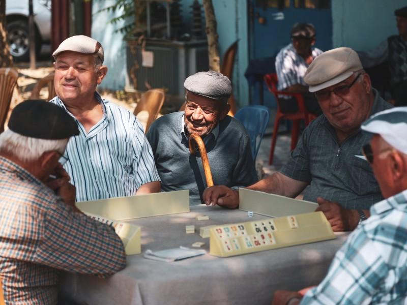 Guanajuato ofrece programas a adultos mayores en situación vulnerable