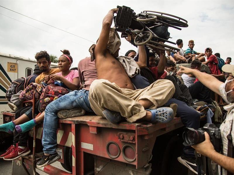 Guatemala prepara plan de contingencia ante próxima caravana de migrantes