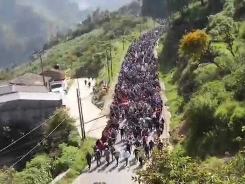 Habitantes de Coyomeapan marcha en contra del presidente municipal