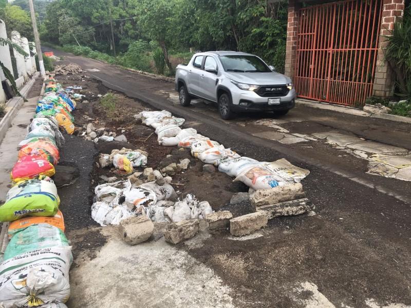 Habitantes de San Martín, Jilotepec denuncian mal estado de carretera