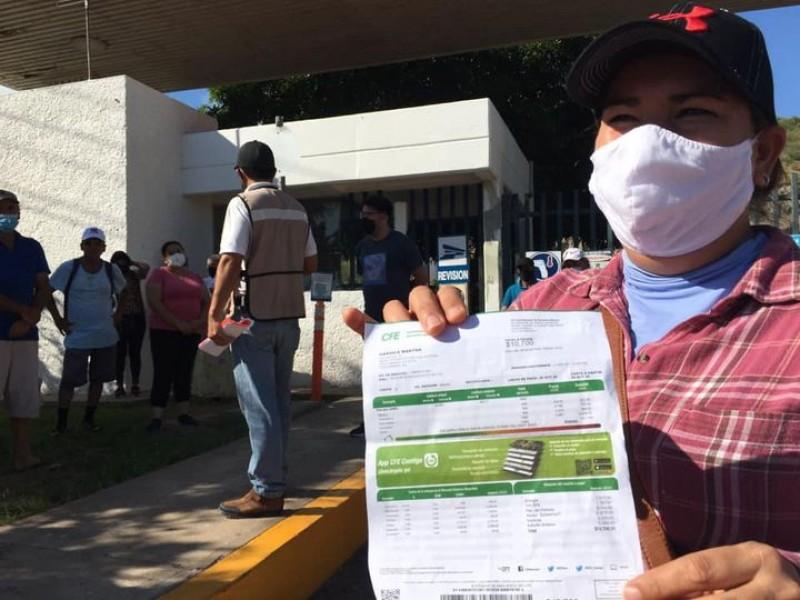 Habitantes de Topolobampo protestan por altos cobros