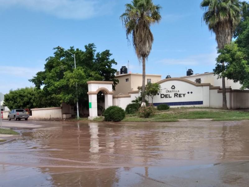 Habitantes de Urbi del Rey siguen inundados