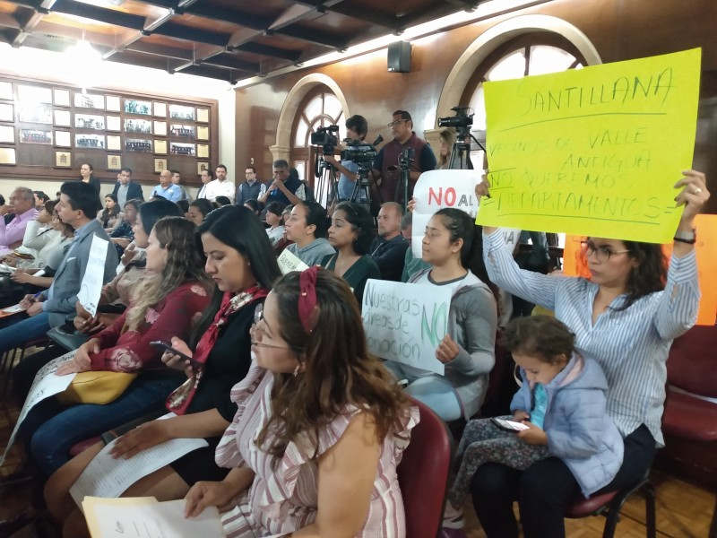 Habitantes de Valle Antigua se manifiestan contra proyecto de IMUVI