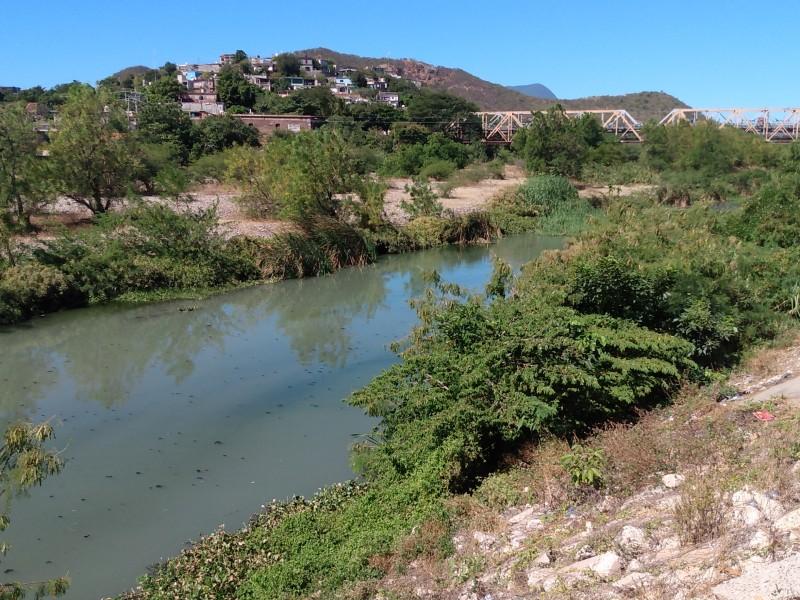 Autoridades omisas ante  contaminación del río Tehuantepec