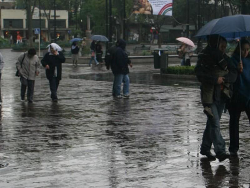Habrán lluvias fuertes en siete estados