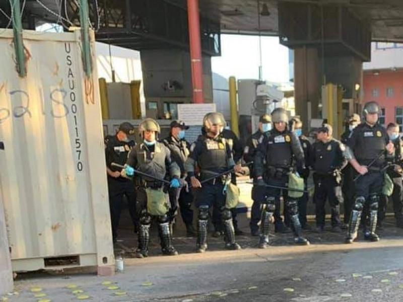 Hacen simulacro agentes de la CBP en Dennis DeConcini