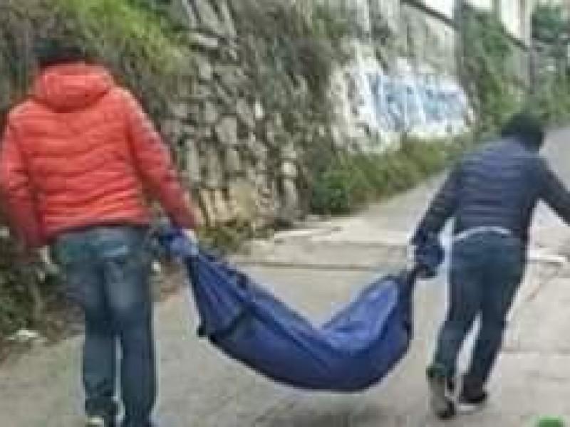 Hallan cuerpo de fémina en calles céntricas de Xicotepec