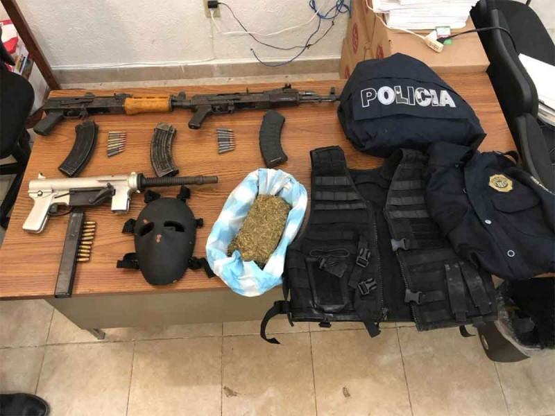 Terror en Ecatepec: hallan droga y armas largas