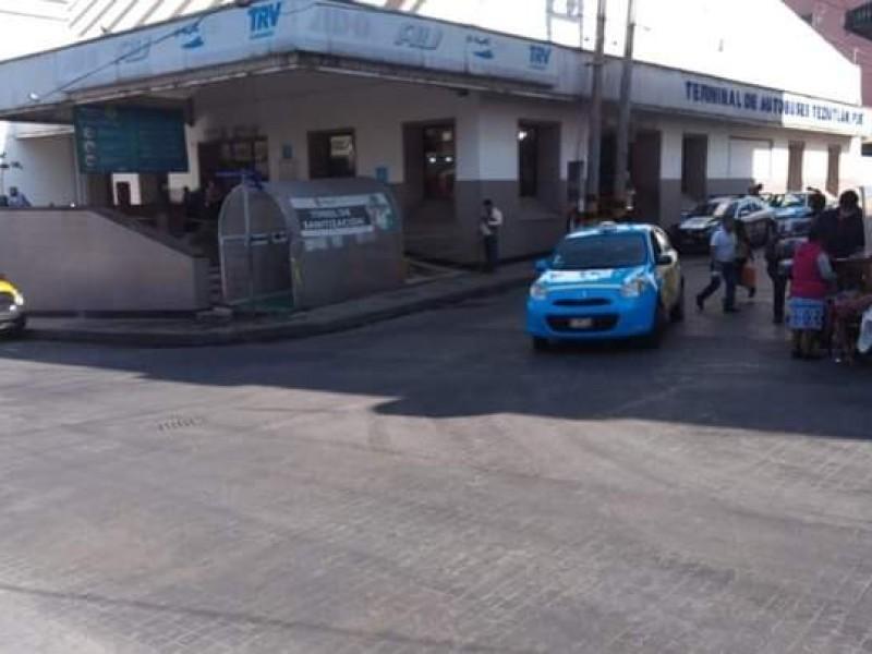 Hallan feto en estación de autobús en Teziutlán