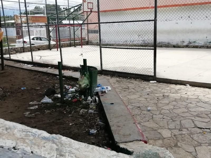 Hasta $10mil en multa por hacer mal uso de contenedores