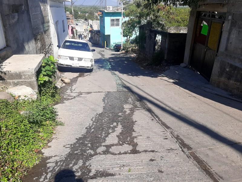 Hasta 6 fugas de agua potable sin atención en Guichivere