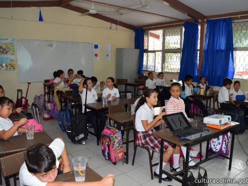 Hay espacios para cambio de escuelas privadas a públicas