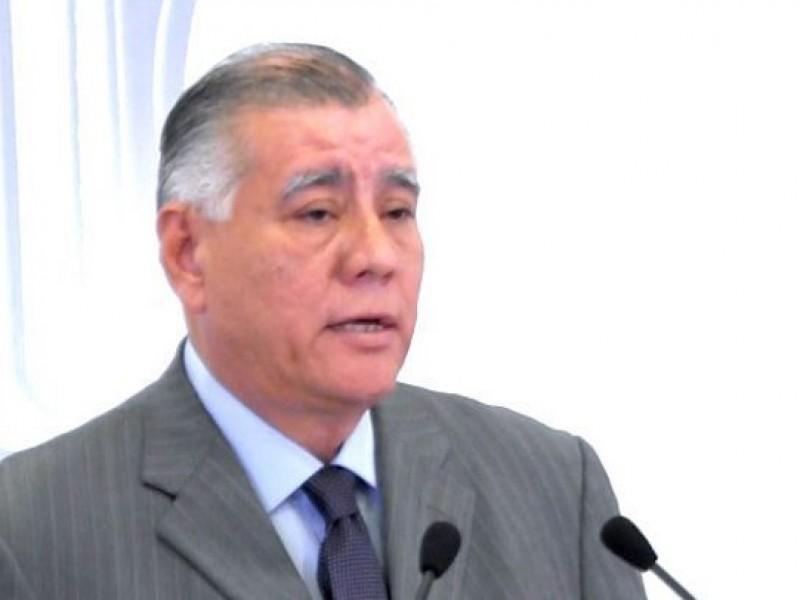 Hay temas más importantes que un contrato colectivo: Antonio Serrano