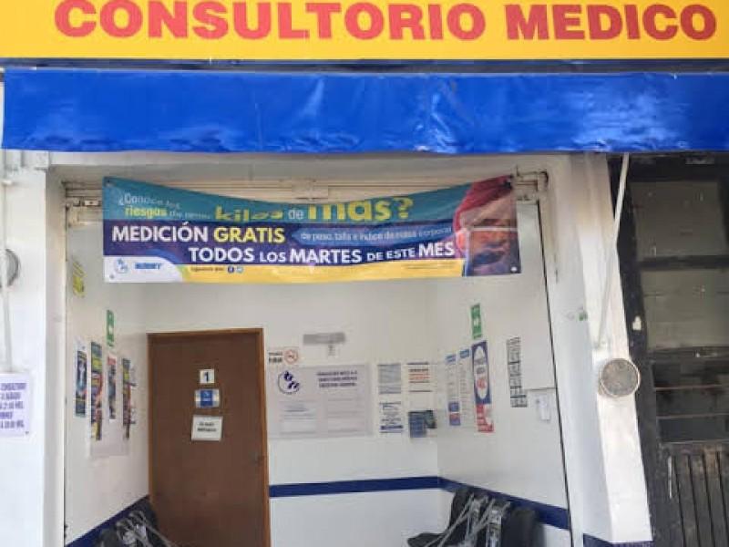 Hermosillenses prefieren atenderse en consultorios en farmacias por atención rápida
