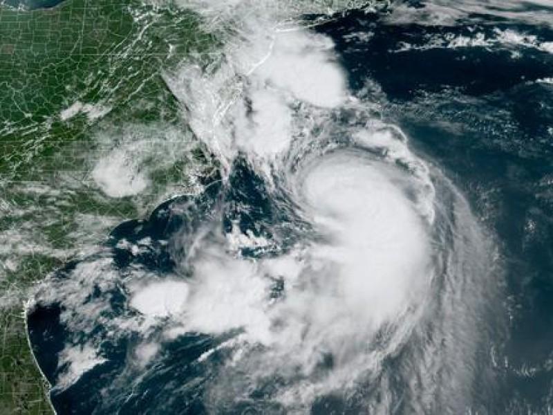 Henri se acerca a costas de EEUU como tormenta tropical