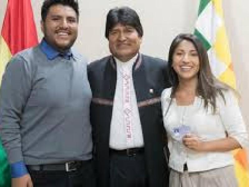 Hijos de Evo Morales salen de Bolivia