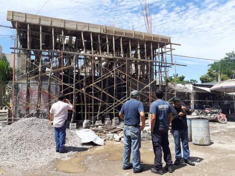 Hombre fallece en Tecuala al caer de obra en construcción