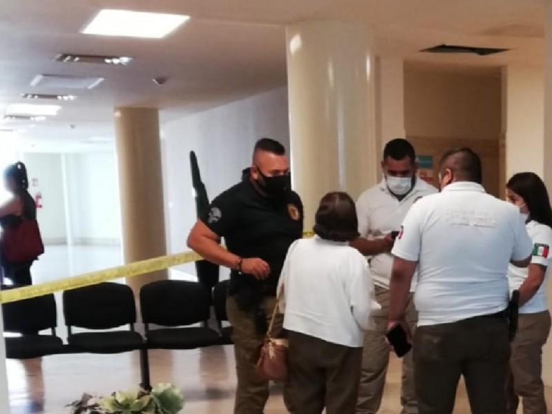 Hombre muere en elevador de la Plaza Mayor de Torreón