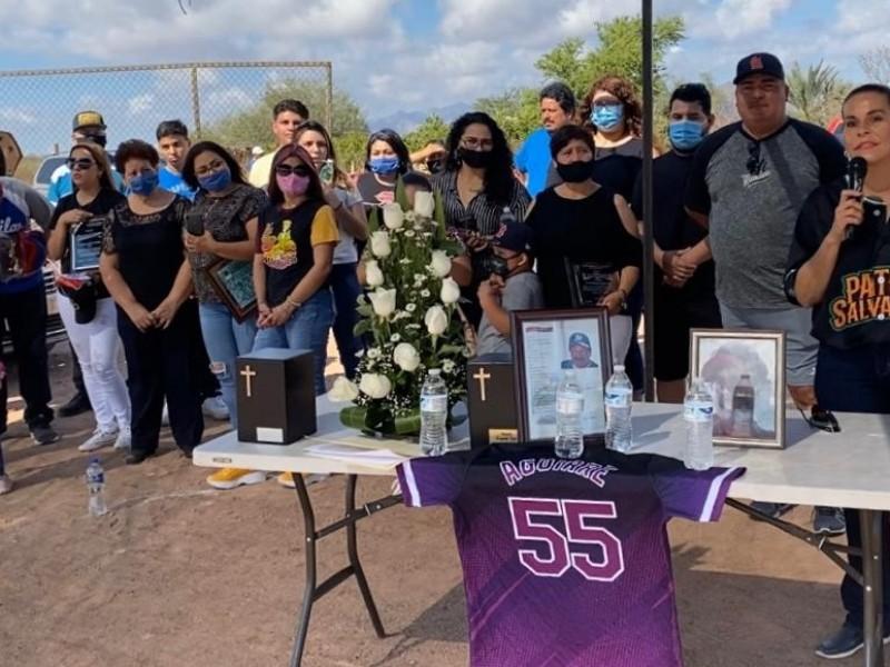 Homenaje póstumo a los peloteros Chico Aguirre y Capi Grajeda