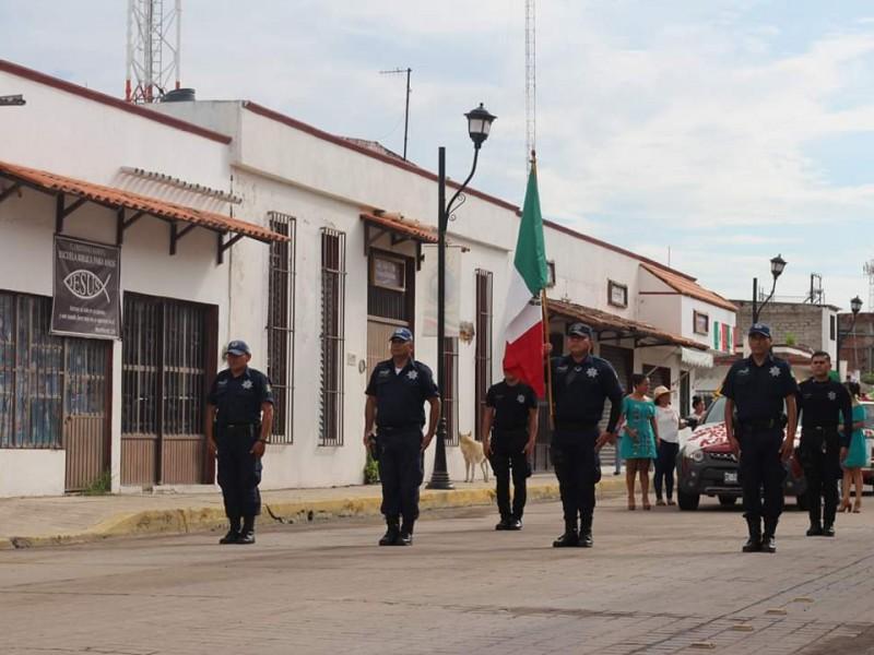 Homologan sueldo a policías de San Blas