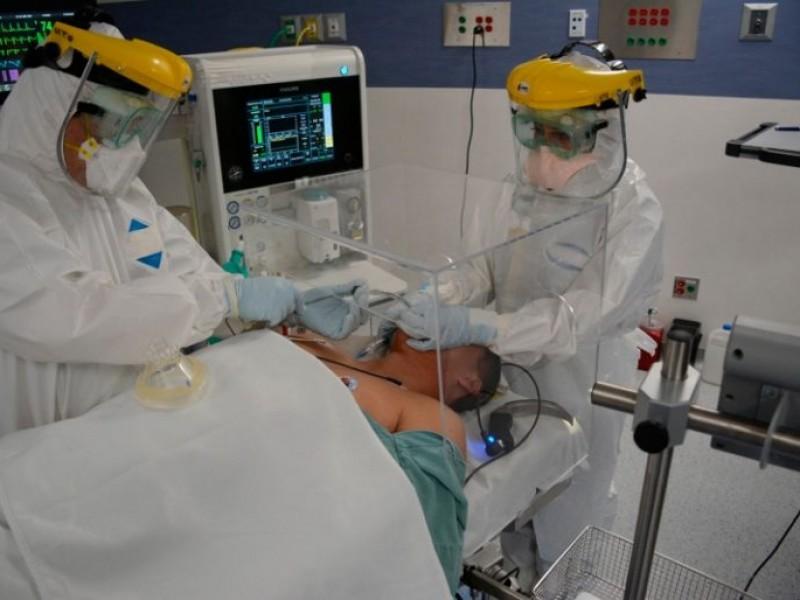 Hospitales COVID continúan saturados en Puebla