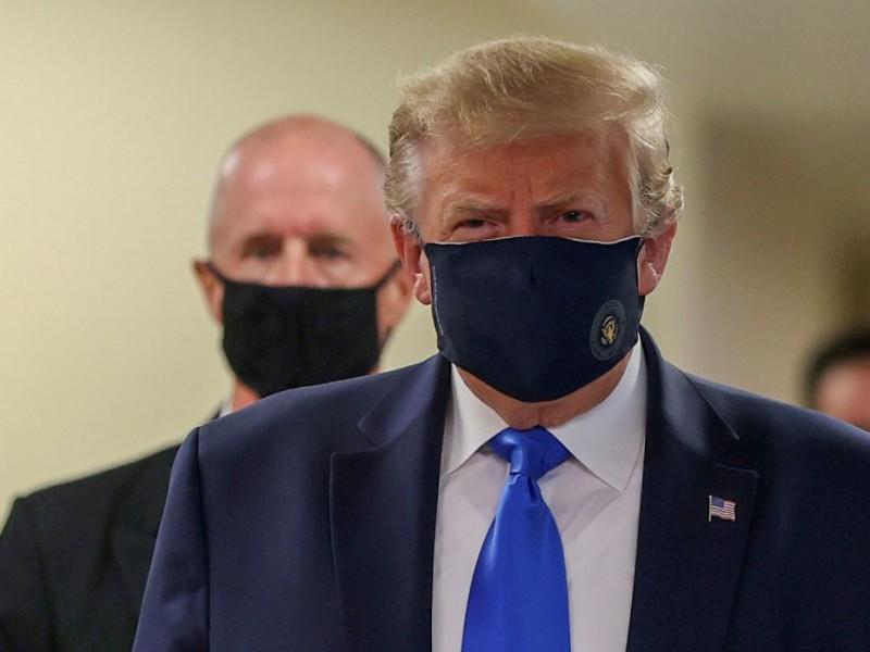 Hospitalizan a Trump en el Centro Médico Militar Walter Reed
