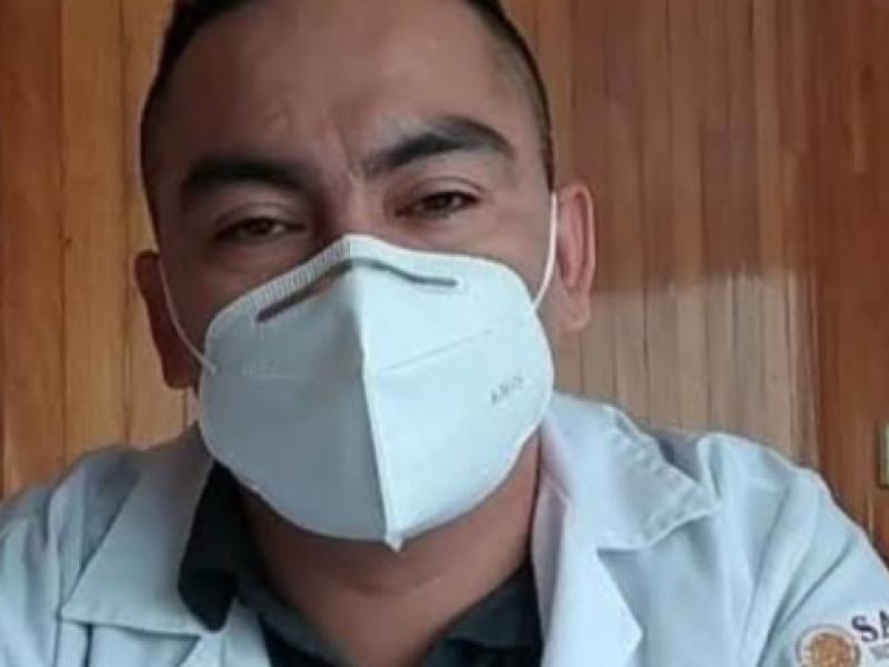 Hospitalizan al doctor Gerardo Vicente