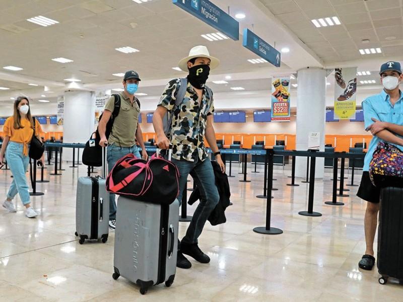 Hoteleros de Cancún pagarán pruebas de Covid-19 a huéspedes