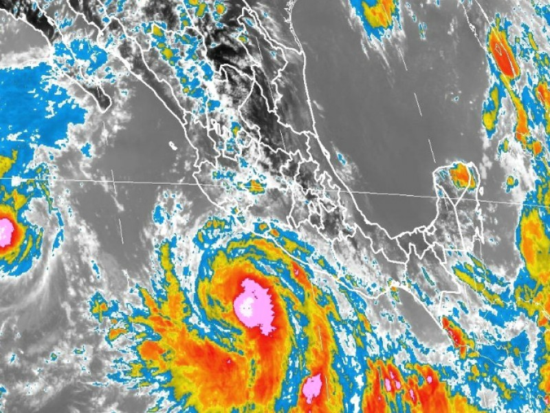 Huracán Bud se intensifica a categoría 3
