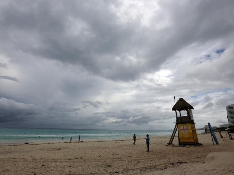 Huracán Delta dejó pocos daños materiales en Isla Cozumel: Alcalde