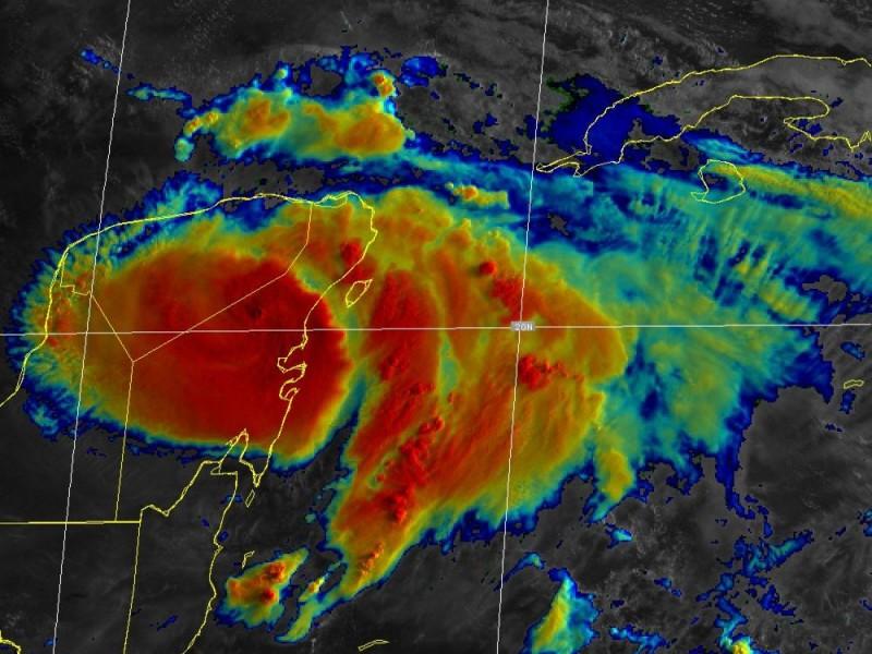 Huracán Grace tocó tierra en Quintana Roo