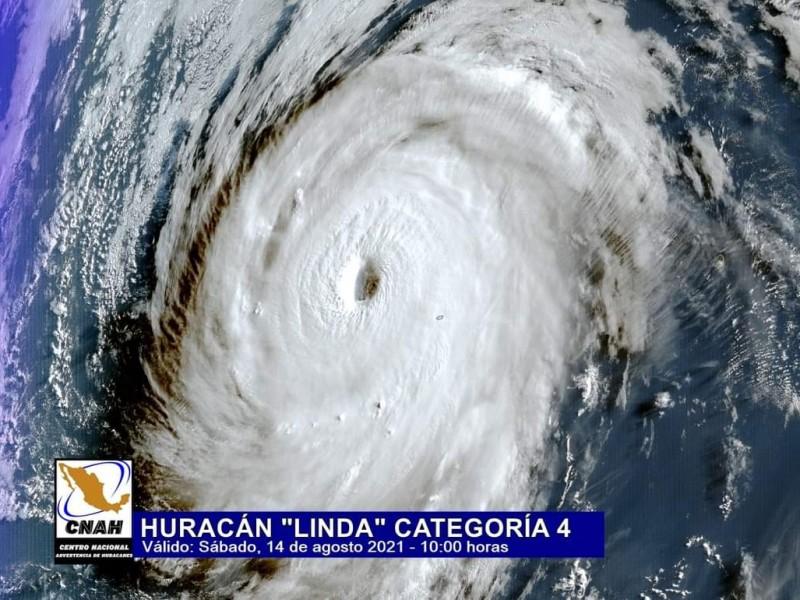 Huracán 'Linda' se convierte a categoría 4 sobre Pacífico Oriental