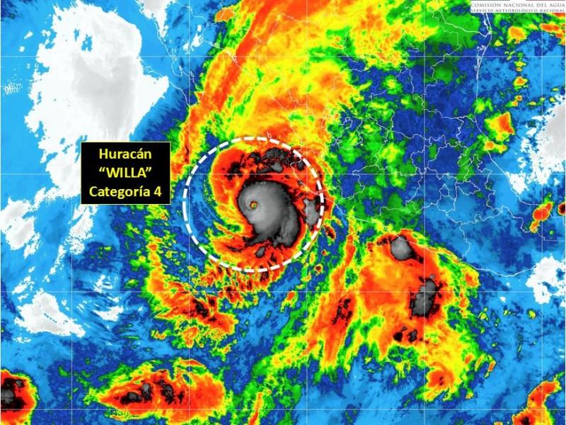 Huracán Willa se mantiene en categoría 4