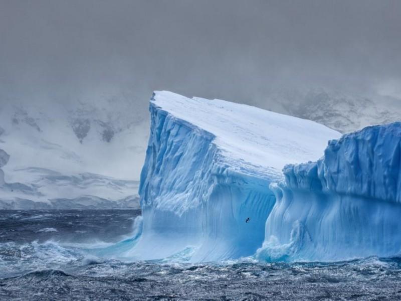 Iceberg del tamaño de Londres se desprende