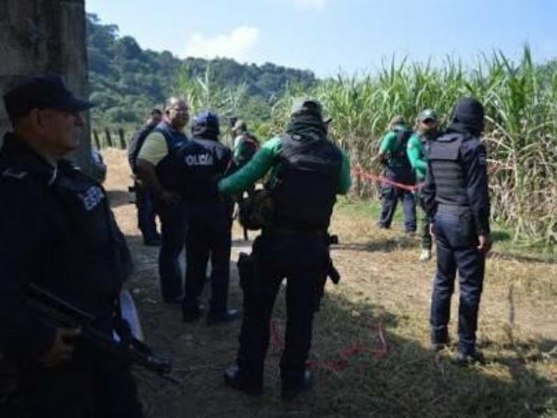 Identifican restos de 2 personas en Omealca
