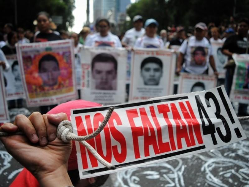 Identifican restos de estudiante de Ayotzinapa; la búsqueda sigue