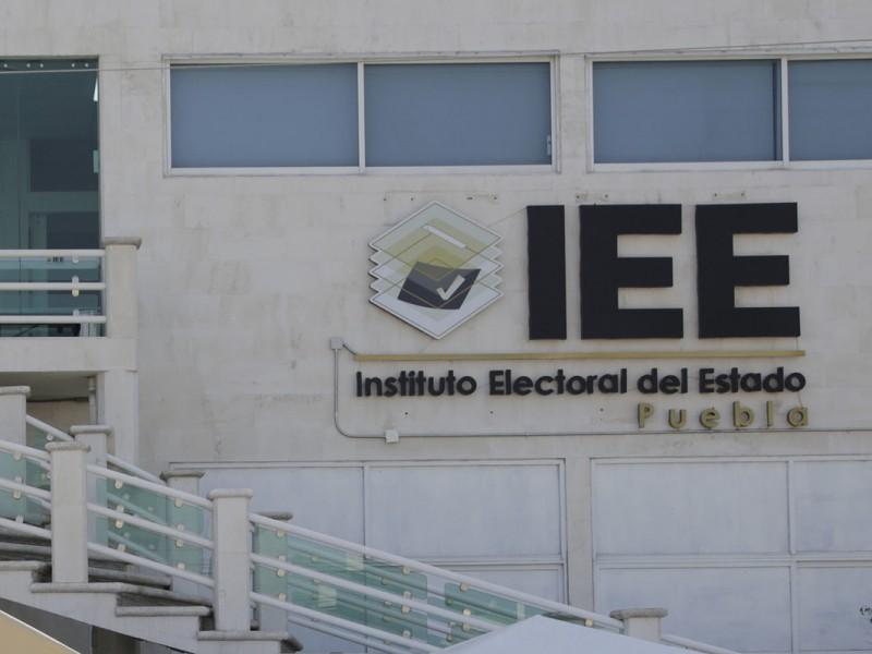 IEE niega entrega de constancia a candidato de Ahuehuetitla
