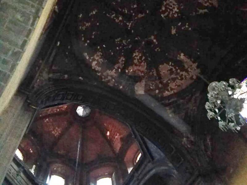 Iglesia Santa Veracruz con daños tras doble incendio