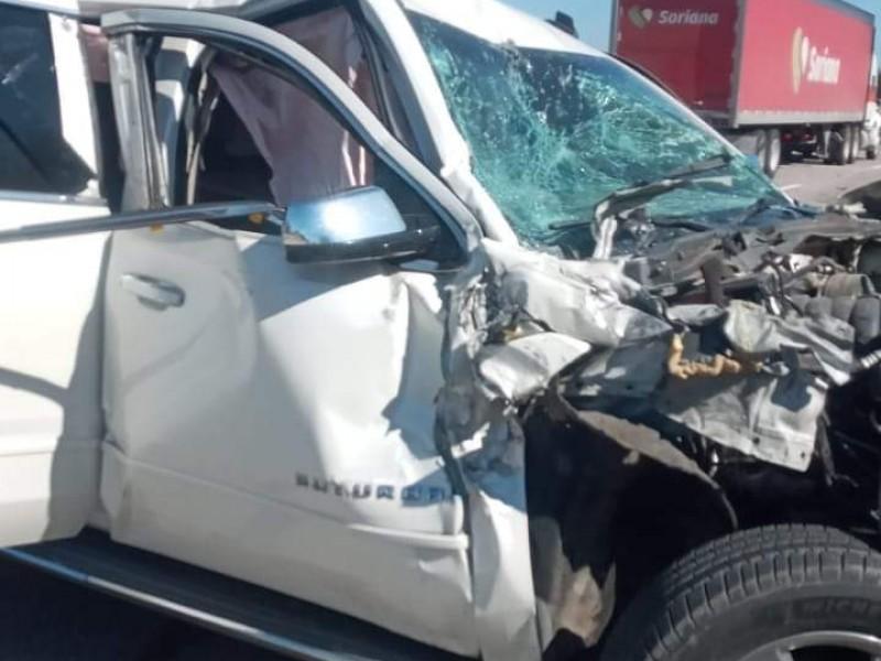 Ignacio Flores, precandidato a gobernador de Nayarit, sufre aparatoso accidente