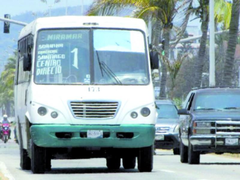Ilegal, no aplicar descuento  en transporte a estudiantes: SEMOV