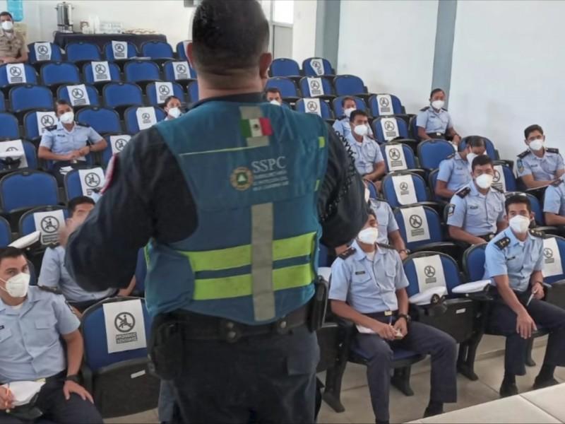 Imparten taller a estudiantes de la Secretaría de Marina