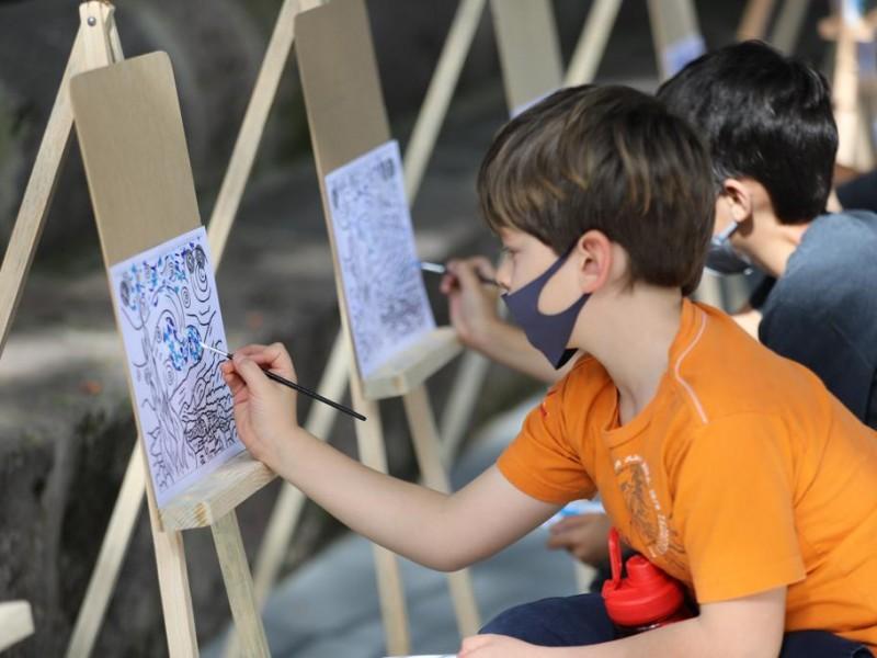 Implementan taller de pintura gratuito para niños en Morelia
