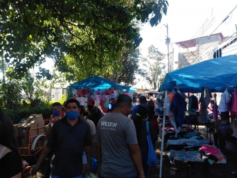 Imponen sanción de clausura por una semana tianguis La Taberna
