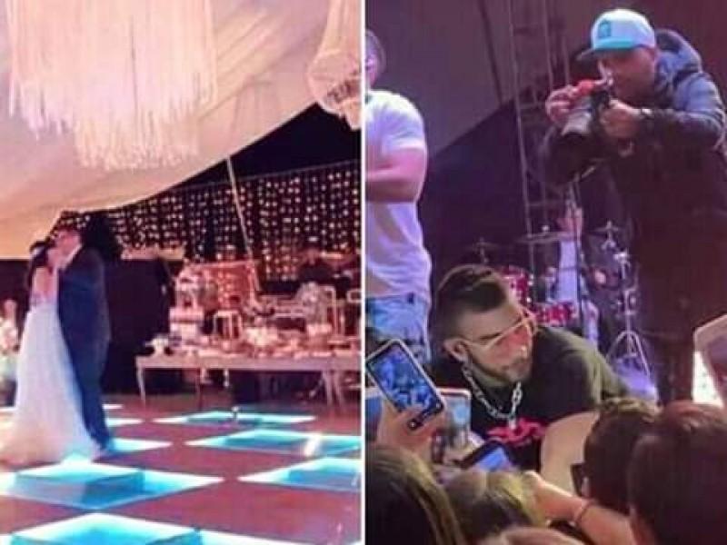 Importante reggaetonero en 15años de hija de alcalde