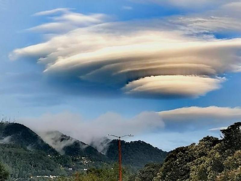 ¡Impresionante! Captan extraña nube lenticular en Chiapas